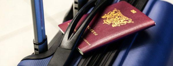 passport-2733068_1280 (Small)